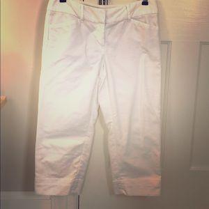 Ann Taylor white capri pants - 00P